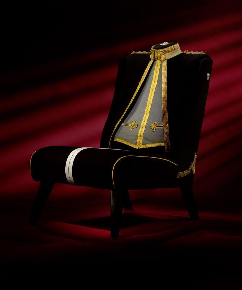 17th/21st Lancers British Military Uniform Chair
