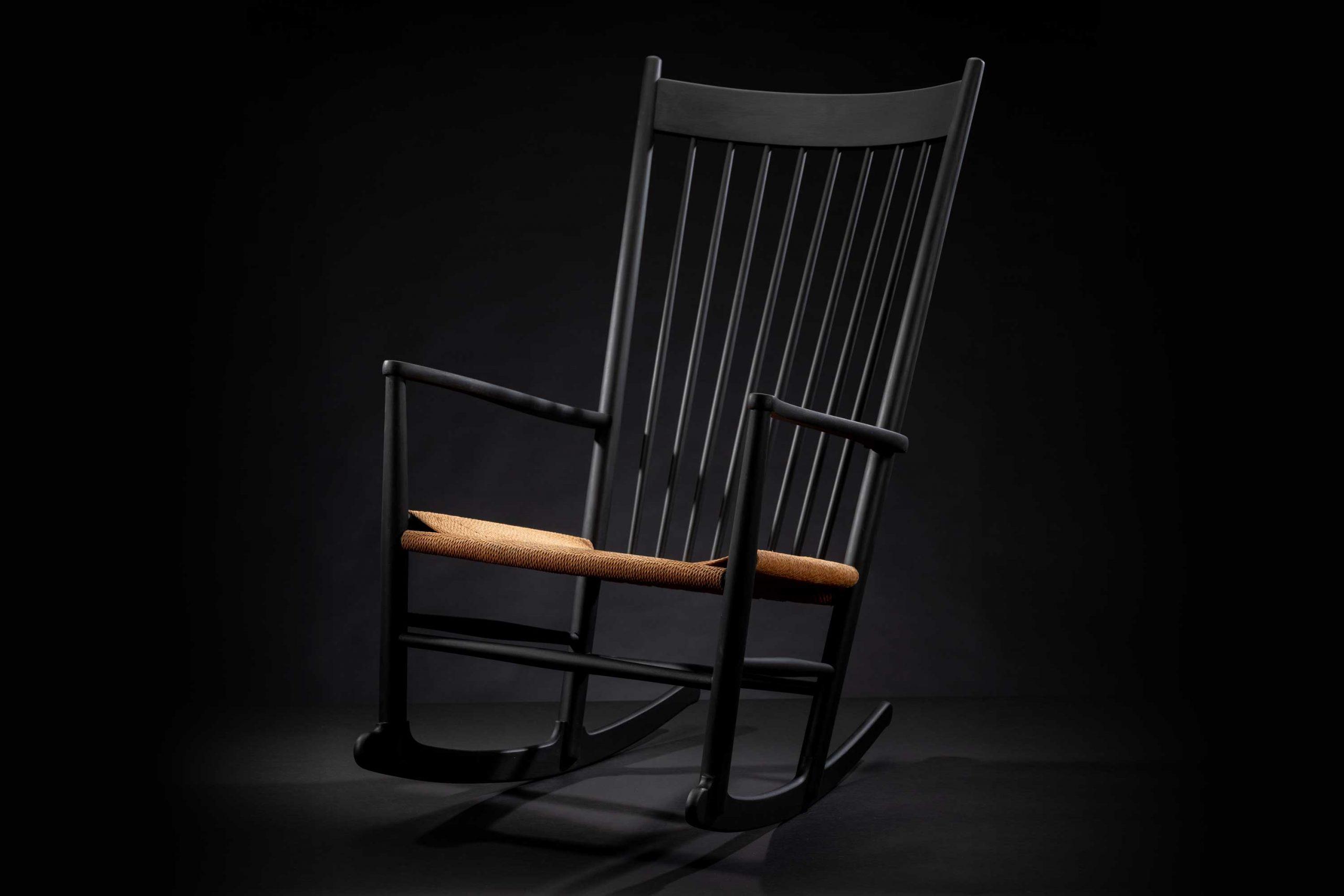 Hans Wegner Rocking Chair | Model J18 'Black Edition' 1965